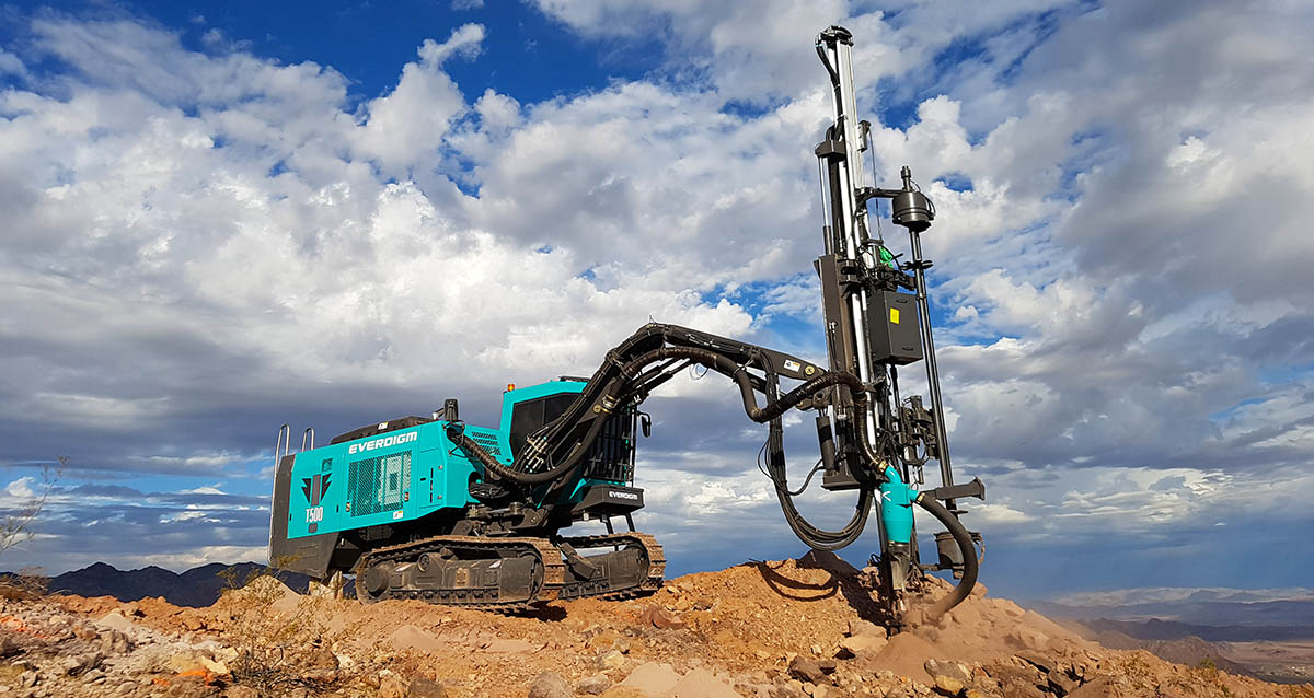everdigm T500_Top Hammer Drill rig_main03.jpg